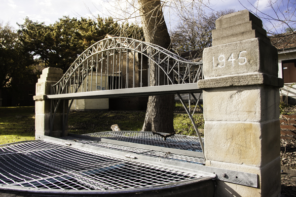 An outdoor model of Sydney Harbour Bridge made by inmates of the post-World War Two rehabilitation program at Callan Park.